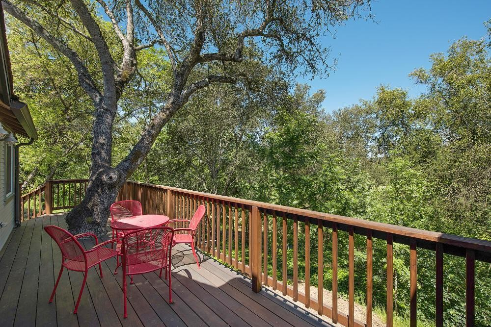 Oak Tree House deck view 2